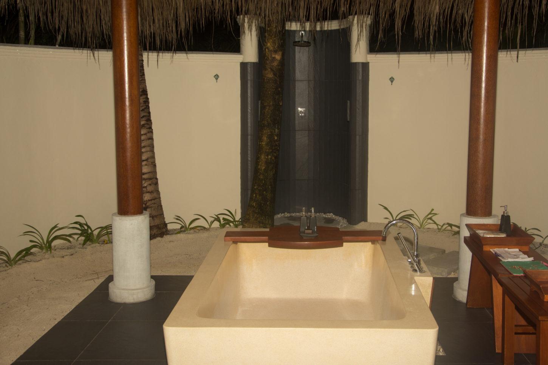 lifestyle redesign  - dsc 0840 - Anantara Resorts: Maldives Anantara Dhigu - My Sunset Beach Villa!