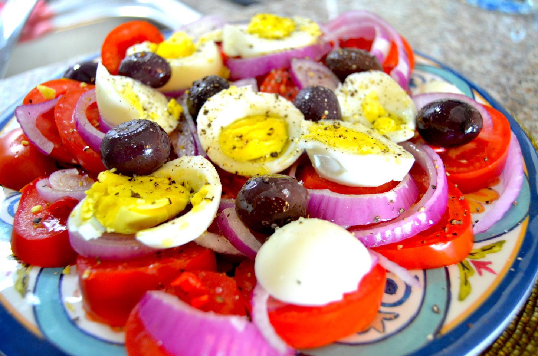 lifestyle redesign  - 685f45 574a0540d41949b483af0bfc3202d88dmv2 d 4928 3264 s 4 2 - Salad Recipe: Tasty Tomato, Egg and Olive Salad